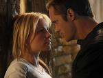 Sookie (Anna Paquin) and Eric (Alexander Skarsgard) get close